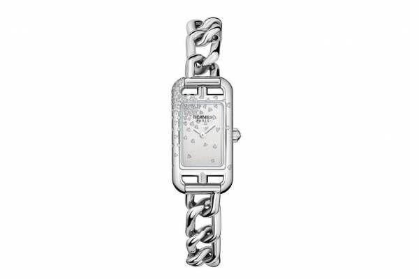 """エルメス""""シェーヌ・ダンクル""""着想の腕時計「ナンタケット」新作、ケースや文字盤にダイヤモンドを配して"""