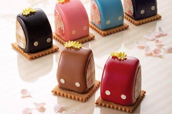 """帝国ホテル 東京の春スイーツ、6色を取り揃えた「ランドセル」ケーキや""""うずらの卵""""イメージのショコラ"""