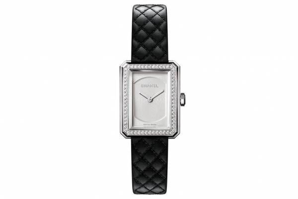 シャネルの腕時計「ボーイフレンド」新作、オパールホワイト文字盤×ダイヤモンドが輝くベゼル
