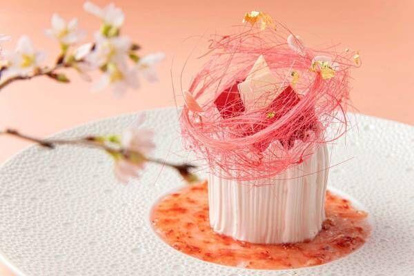 """""""桜の花びら舞う""""春スイーツ、ザ・プリンスギャラリー 東京紀尾井町で"""