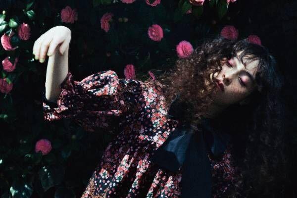"""ルール ロジェットから""""フラワープリント""""の限定ドレス&Tシャツ、渋谷パルコで発売"""