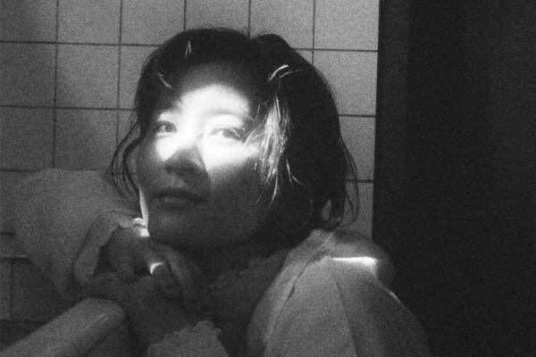 YeYe最新ミニアルバム『おとな』WONK江﨑文武やミツメ川辺素とのコラボ楽曲収録