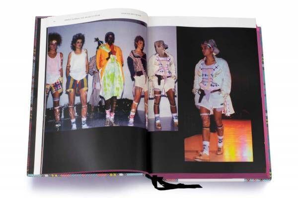 ヴィヴィアン・ウエストウッド初のコレクションブック、1981年デビュー~現在の1,300ルック収録