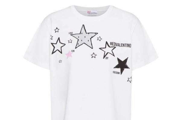 """レッド ヴァレンティノ""""スター&幸運のメッセージ""""を配したTシャツやキャップ、「東京」に着想"""