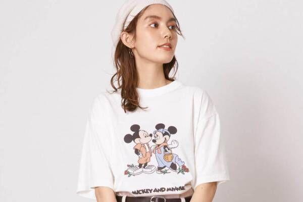スナイデル「ミッキー&ミニー」のTシャツ&バッグ、コミックデザインやデートを楽しむ姿をプリント