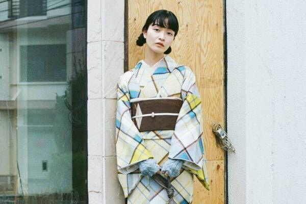 キモノ バイ ナデシコ初の路面店が原宿に - 振袖や袴、ケイスケ カンダコラボの「きものドレス」も