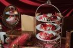"""『不思議の国のアリス』""""ハートの女王""""の真っ赤なアフタヌーンティーが千葉で、トランプ型クッキーも"""