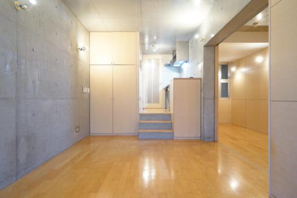 スキップフロアで空間を有効活用♪ワンルームや1LDKを広々使うアイディアをご紹介