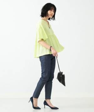 これ一枚で旬スタイルに!フレアスリーブブラウスを着こなす夏のコーディネート15選
