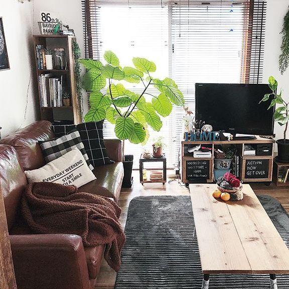 ローテーブルでくつろごう!コンパクトなお部屋にもぴったりなローテーブル特集♪