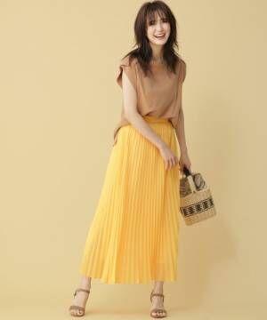 スカートはロング丈を選ぶのが正解!大人女子のスカートコーデは上品に。