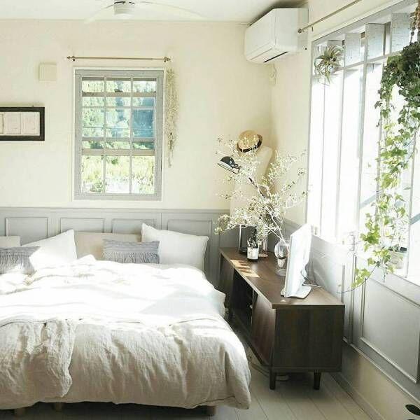 観葉植物で癒し効果アップ♡グリーンを取り入れた寝室の素敵 ...