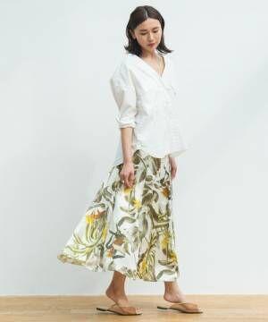 真夏のデートコーデならフラワー&ボタニカル柄を使ってみよう♡MIX柄スカートで作る大人度高めコーデ特集