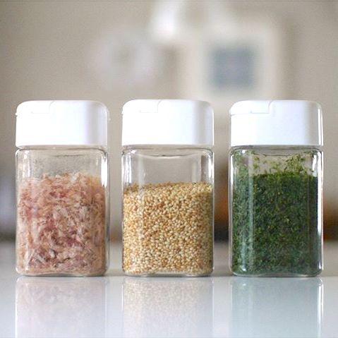 調味料&スパイスボトルを使って統一感を☆みなさんの使い勝手の良いキッチンアイデア集