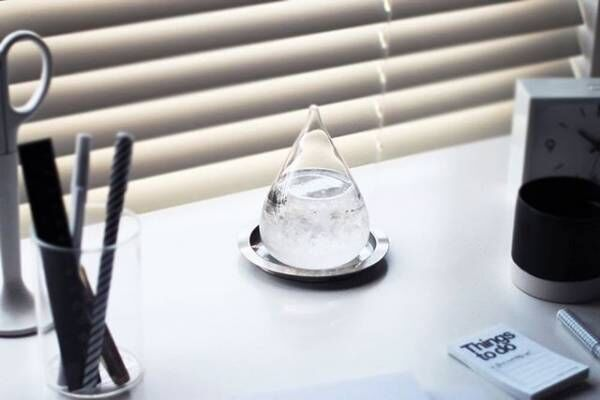 透明感が目にも涼しい!ガラス素材のアイテムを暮らしの中に取り入れよう