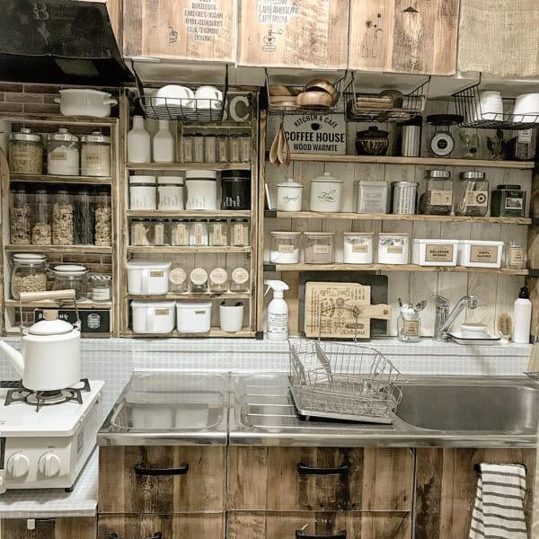 賃貸でもできるキッチンの収納術8選!収納力をアップしてすっきりとした空間にしよう