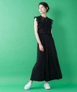 夏のブラックワイドパンツはこう決める☆ラフな雰囲気を満喫する大人のスタイリング15選