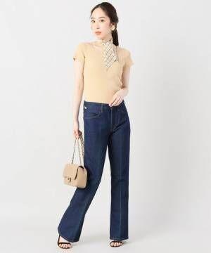 きれいめ大人女子になりたいなら♡ネイビーの美脚見えパンツを着こなしてみよう♪