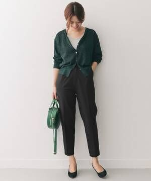秋ファッションにプラスしたい♪大人のブラックパンツコーデ15選