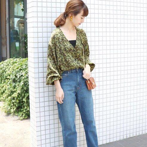 オトナかわいい♡花柄ブラウス&シャツの夏コーデ15選