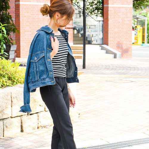 秋のライトアウターにぴったりなGジャン!パンツ&スカートのスタイル別大人女子コーデ