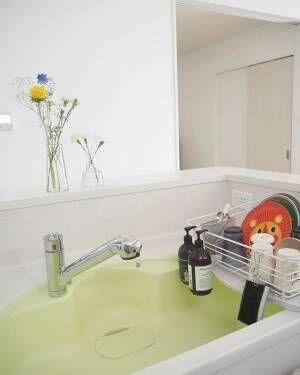 洗った食器をどう置こう?そんなお悩みの方へご紹介したい、水切りかごの設置実例集!