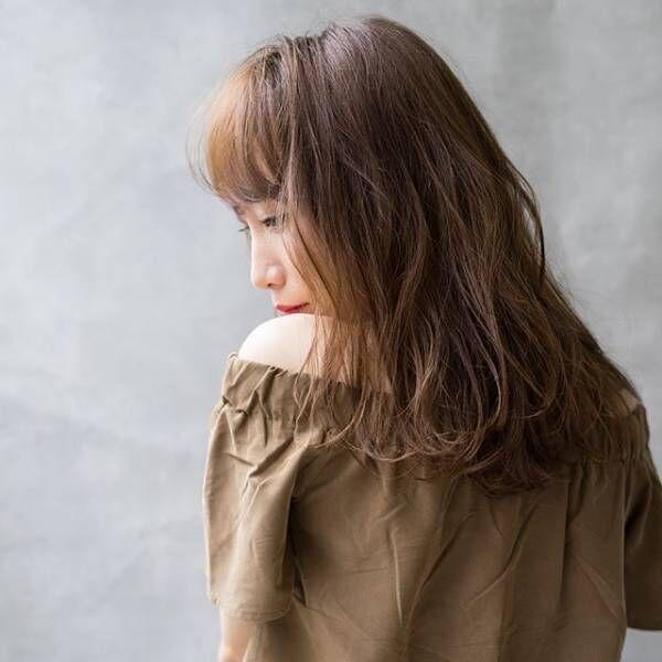 大人の愛されスタイルは柔らかいニュアンスで☆簡単スタイリングで愛され力を高めよう