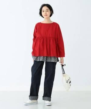 秋の注目カラーは断然「トマトレッド」!大人女性の着こなし術をご紹介