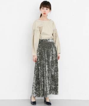 「ベロア・ベッチンスカート」でシーズンムードを高める☆大人の秋コーデ