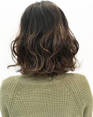 癖っ毛の女性にオススメ♪髪質を活かして作るニュアンシースタイル特集