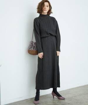 ーブル編みスカートブラック系