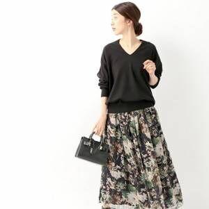 《スウェット×きれいめスカート》で作る☆秋の大人スポーツミックスコーデ特集