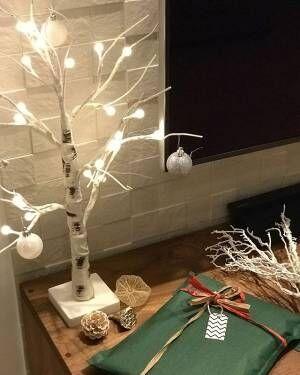 シンプルな白樺ツリー