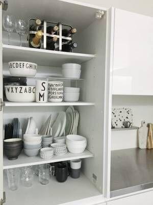 北欧ブランド×プチプラ食器が並ぶ食器棚