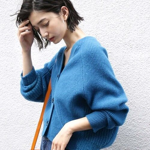 冬もきれいに映える☆寒色が素敵なブルーアイテムを使った冬コーデ