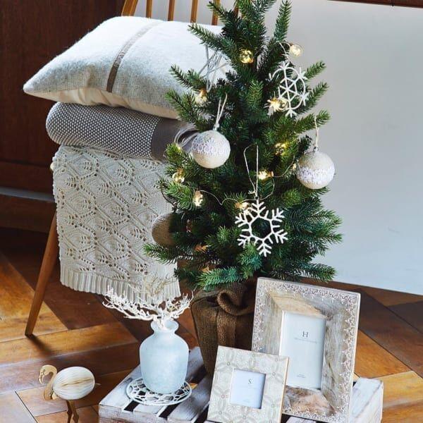 省スペースでも素敵に飾りたい♪クリスマスのディスプレイ実例特集
