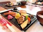 おせち料理を華やかに☆参考にしたい「お正月のテーブルシーン」特集