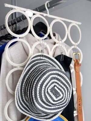 ハンガーを使った収納アイディア&実例集☆衣類をコンパクトにきれいに収納!