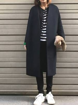 シンプルクールな着こなしにプラス。無印良品のアイテムを使った大人コーデ集