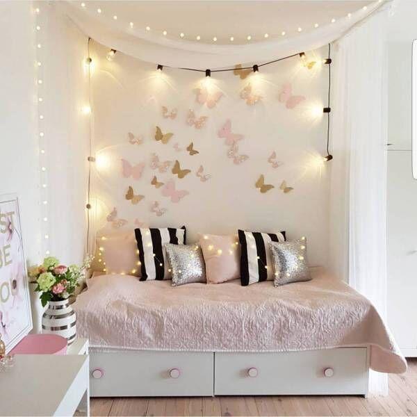 インテリア雑誌から抜け出してきたよう♡ガーリー&ロマンチックなお部屋