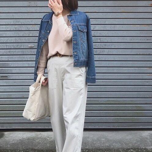 ユニクロ春の新作【ワッフルVネックT】が大人気!色別コーデまとめ