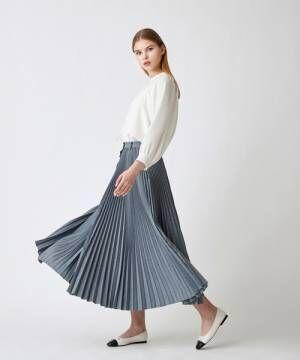 露出をおさえて大人の上品さをアピール♡ロングスカートで大人レディな着こなしを♡