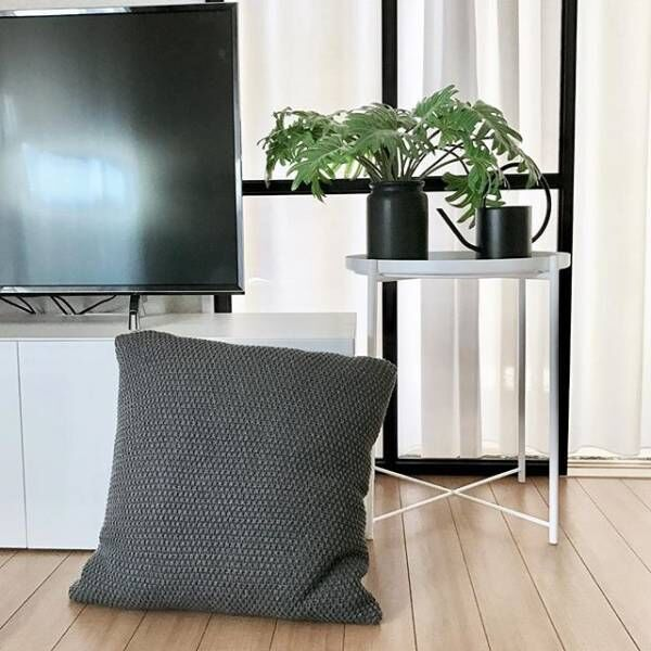 お洒落で機能的!IKEA(イケア)のトレイテーブル「GLADOM」が便利すぎる!