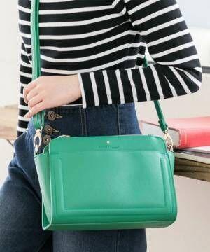 カラー別にご紹介☆人気のミニショルダーバッグで春は軽快にキメよう♪