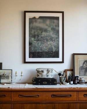 壁面をおしゃれに♪ポスターや絵画を上手にディスプレイしている海外画像集