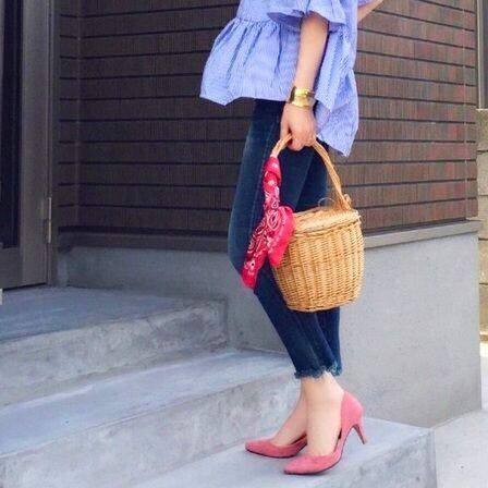 おしゃれは足元から作ろう♡カラーパンプスで作る春の大人女子コーデ特集!