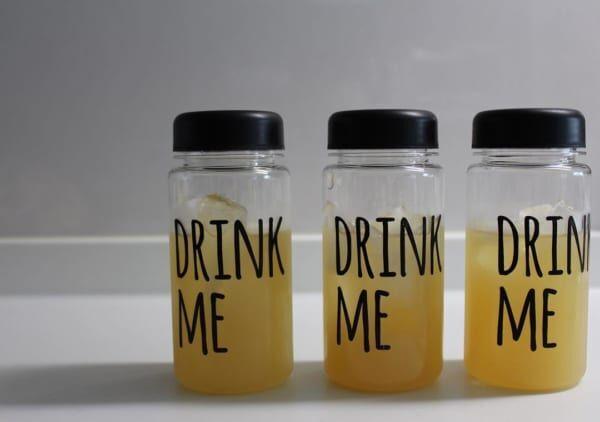 さまざまな用途で大活躍!【100均】のおしゃれなドリンクボトルの使い方をご紹介!