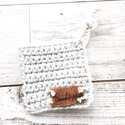 レトロな雰囲気がかわいい♪手作りかぎ編みアイテムを使ったインテリア