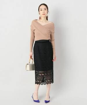 透け感で大人っぽさを♪ブラックのレーススカートを使った大人女子コーデ特集
