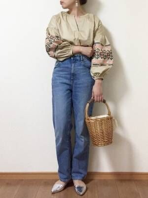 SNSで「神デニム」と話題に!GUのハイウエストストレートジーンズを使ったコーデ15選